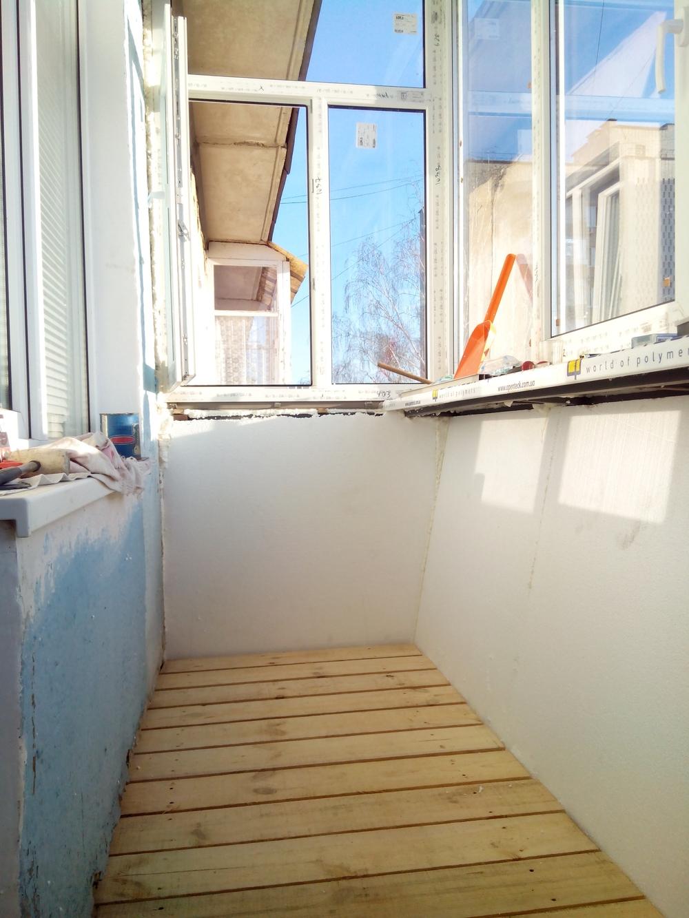 Внутренняя отделка балкона